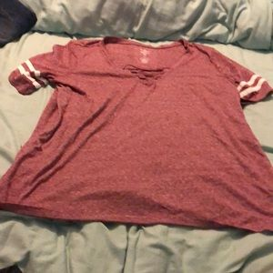 Red/pink v neck t-shirt